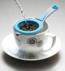 Colourworks Brights Tea Strainer Assorted, 17cm