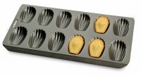 Chicago Metallic Non-Stick Madeleine Pan