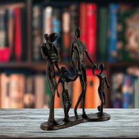 Elur Family 5 Outing Iron Figurine 18cm Mocha